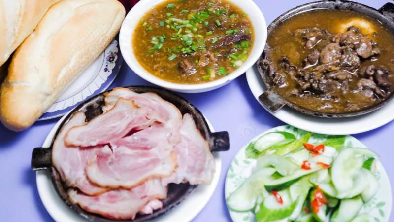 Top 17 Quán bánh mì ngon nổi tiếng tại Hà Nội