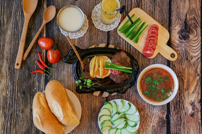 Top 10 Quán bánh mì ngon nhất quận Đống Đa, Hà Nội