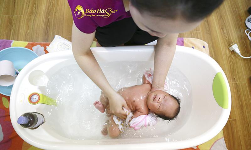 Top 5 Dịch vụ tắm bé sơ sinh chất lượng nhất tại Nam Định