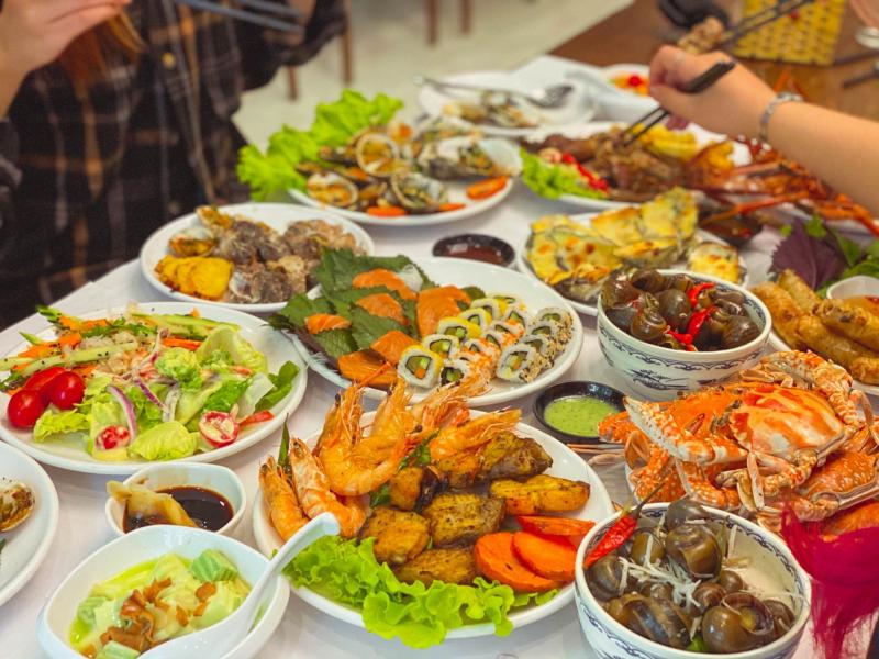 Bay Seafood Buffet - Trung Hòa Nhân Chính