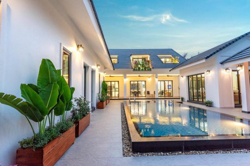 Blue Mountain Villa