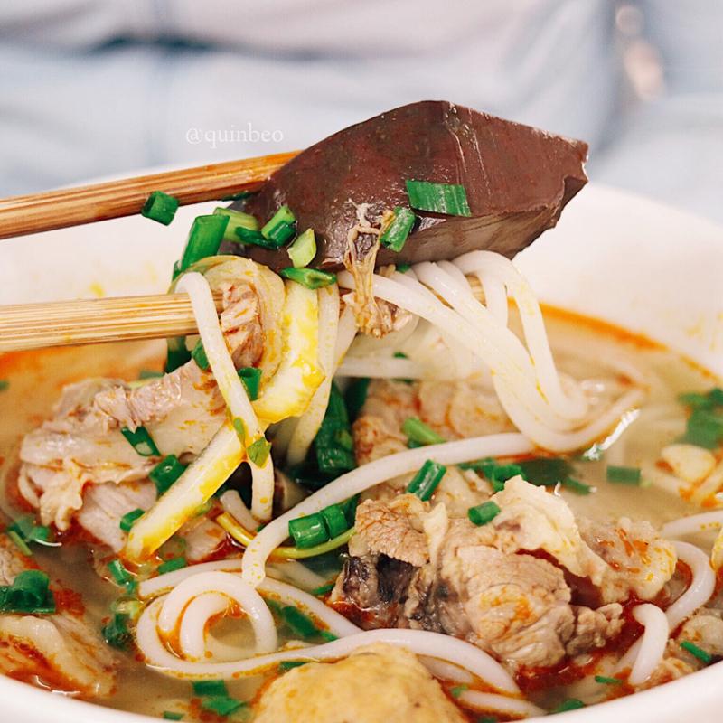 Top 10 địa điểm thưởng thức bún bò Huế ngon nhất tại Đà Nẵng