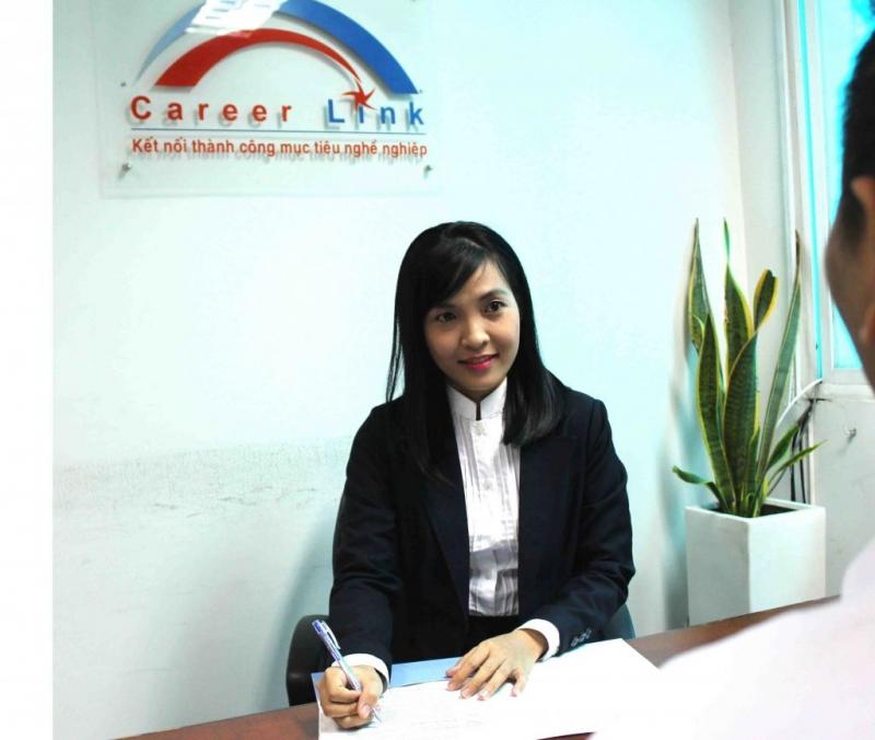 Top 10 Trung tâm & Website giới thiệu việc làm uy tín nhất tại Hà Nội