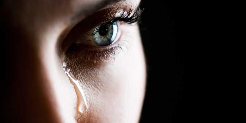 Đừng làm cho phụ nữ phải khóc