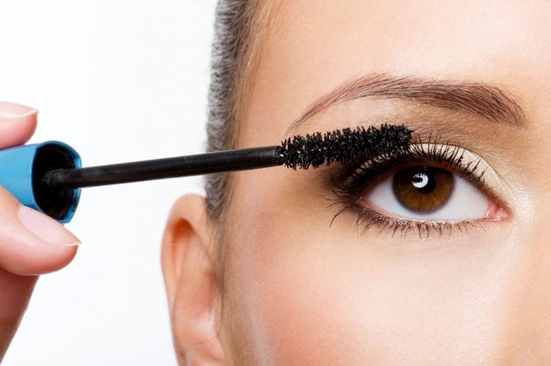 Top 10 Cách khiến lông mi dài và cong vút chị em nên biết