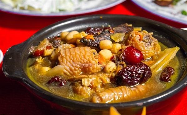 Top 10 Món ăn ngon nhất được chế biến từ Gà Đông Tảo