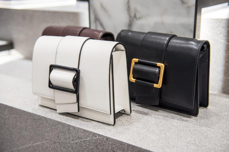 Top 6 Địa chỉ mua túi xách da thật, túi xách thời trang hàng hiệu chất lượng nhất tại TP.HCM