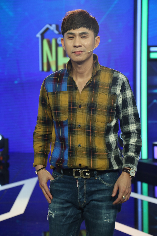 Khánh Phương tỏ thái độ, yêu cầu Thanh Duy im lặng khi chơi gameshow