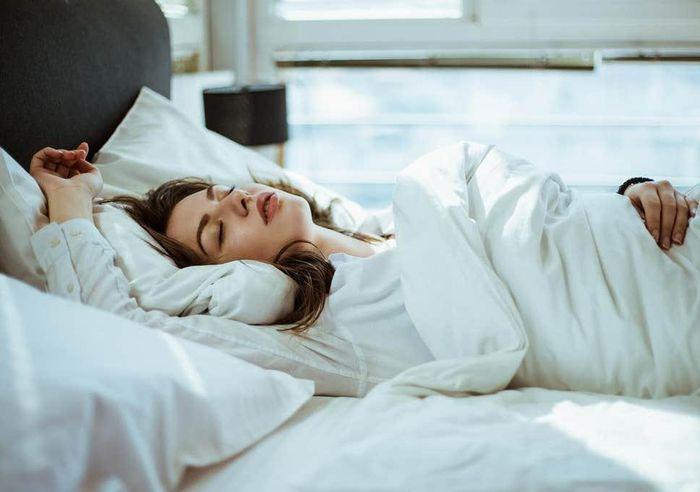 Top 9 điều hấp dẫn xảy ra với cơ thể khi bạn ngủ