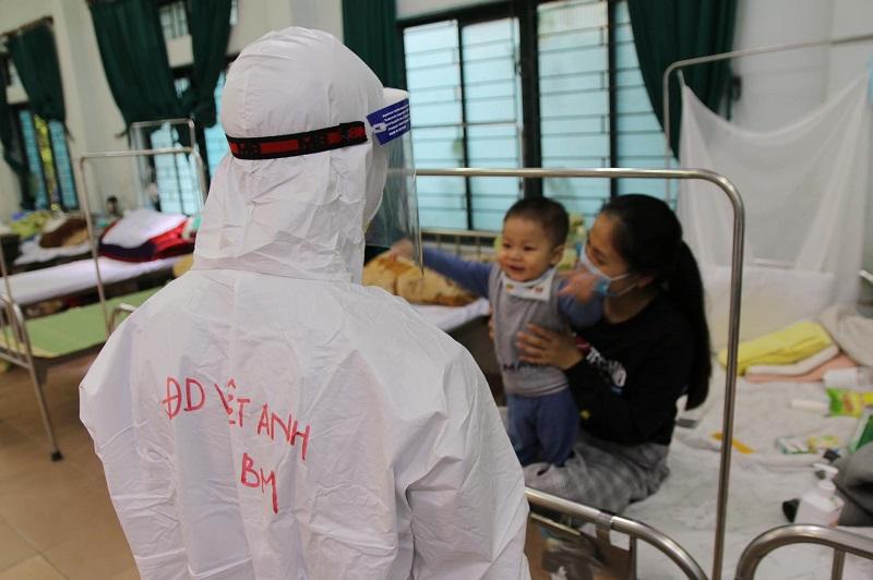 Top 10 Câu chuyện cảm động trong công cuộc phòng chống dịch Covid-19 tại Việt Nam