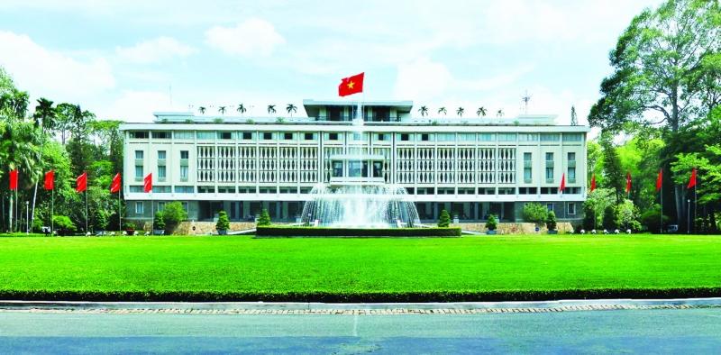 Top 10 Công trình kiến trúc nổi tiếng ở thành phố Hồ Chí Minh