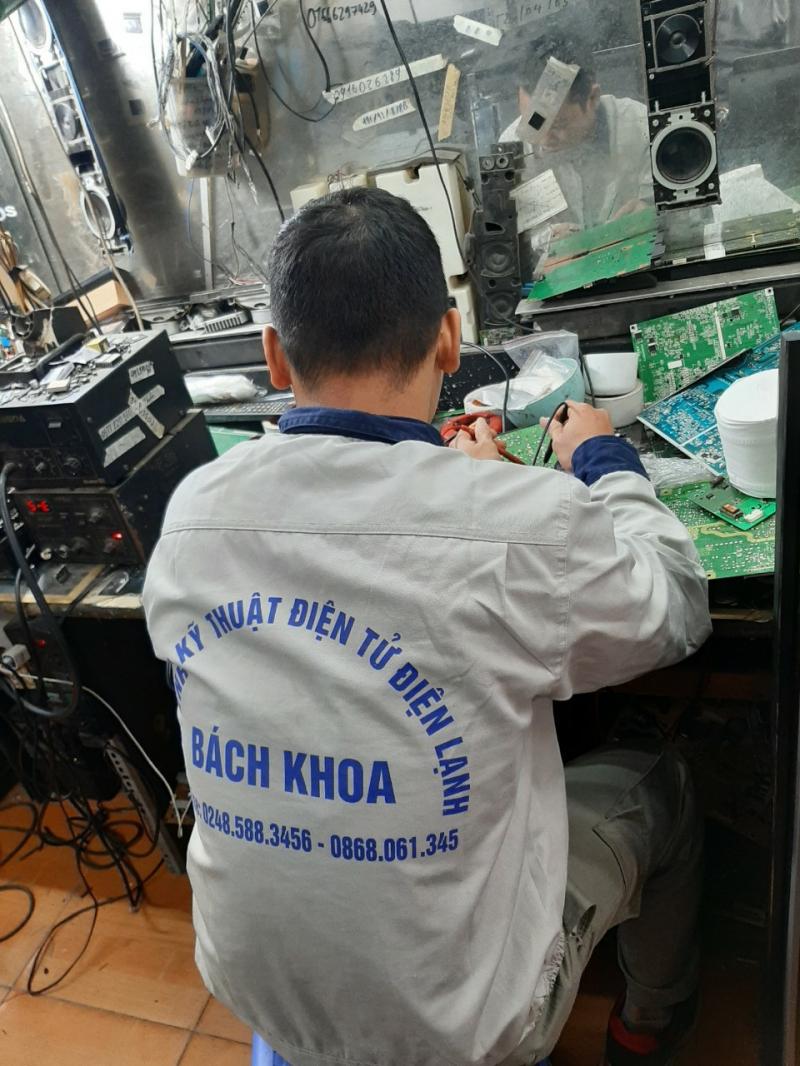 Top 13 Dịch vụ sửa Tivi tại nhà Hà Nội chuyên nghiệp nhất hiện nay