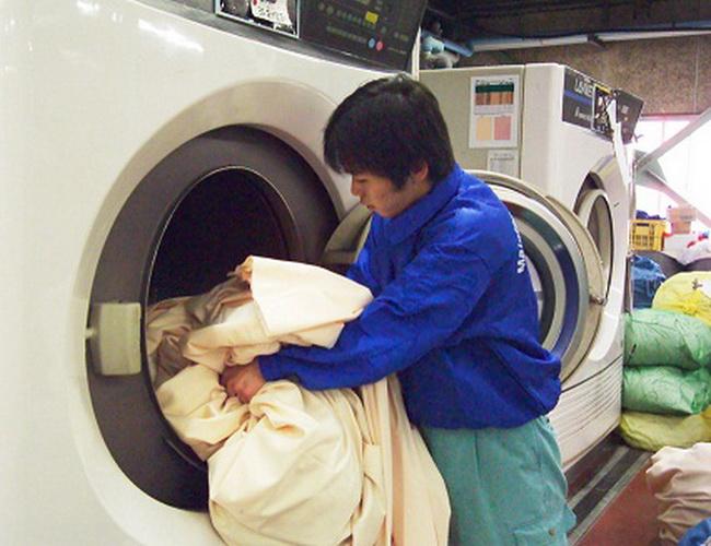 Top 7 Dịch vụ giặt rèm cửa uy tín và chuyên nghiệp nhất Hồ Chí Minh
