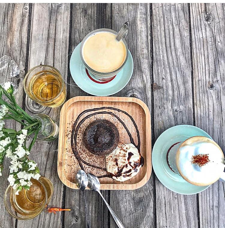Top 10 Tiệm trà bánh giá bình dân dưới 100k ngon tại Hà Nội