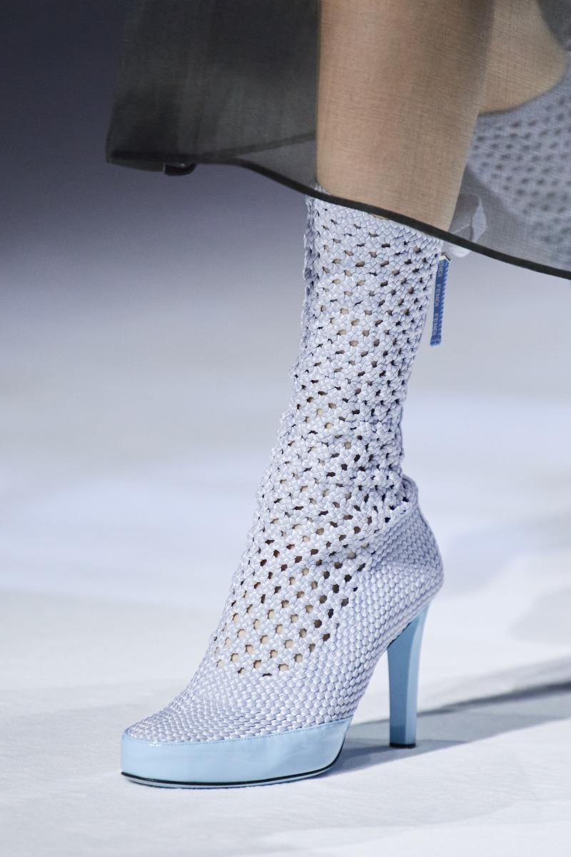 Top 6 Kiểu giày cao gót/sandal nữ cao cấp hot nhất hè 2021