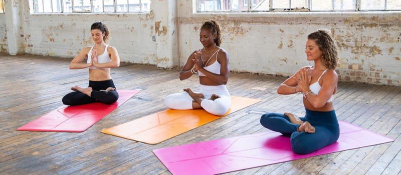 Top 9 địa chỉ bán thảm tập Yoga chất lượng nhất tại Hà Nội