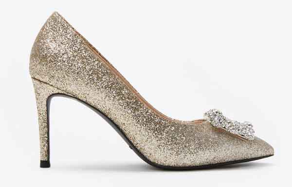 Top 6 Đôi giày cao gót/sandal nữ cao cấp giá dưới 2 triệu cho nàng lựa chọn
