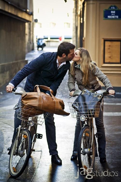 Top 10 Lợi ích thú vị nhất từ việc hôn