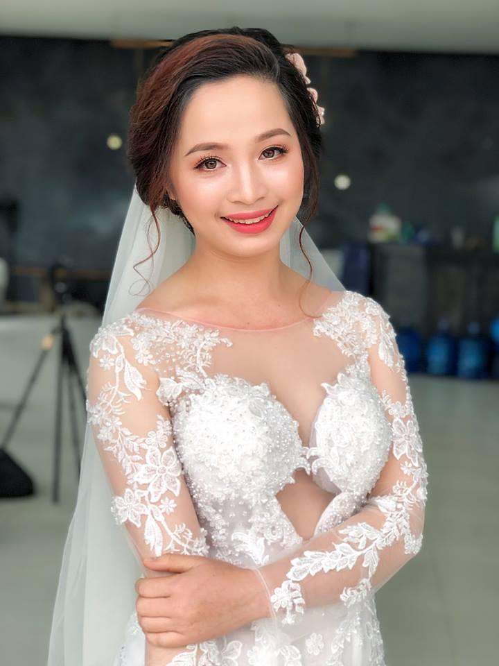 Top 7 Tiệm trang điểm cô dâu đẹp nhất Hải Dương
