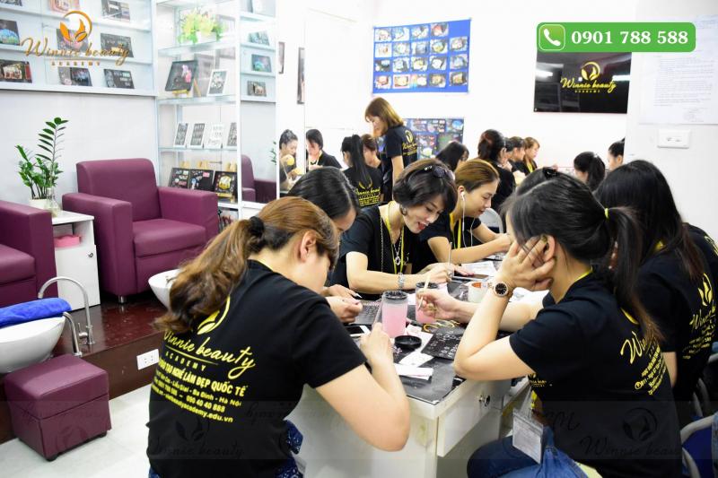 Top 12 Trung tâm dạy học nail uy tín và chuyên nghiệp nhất tại Hà Nội