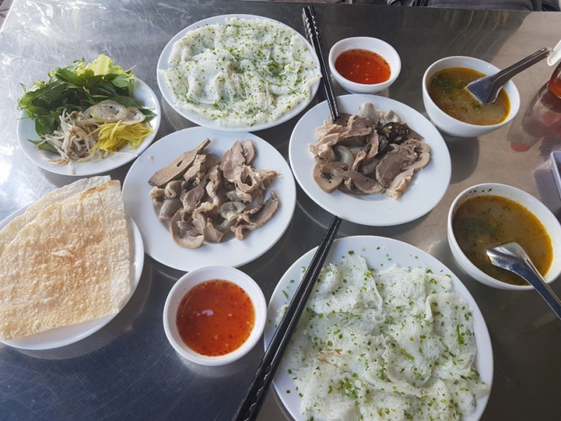 Top 7 Quán cháo lòng bánh hỏi ngon nhất tại Quy Nhơn, Bình Định