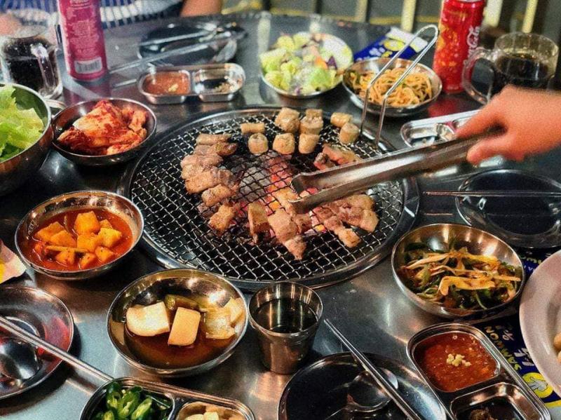 Top 4 Nhà hàng, quán ăn ngon khu vực Dương Đình Nghệ, Cầu Giấy, Hà Nội