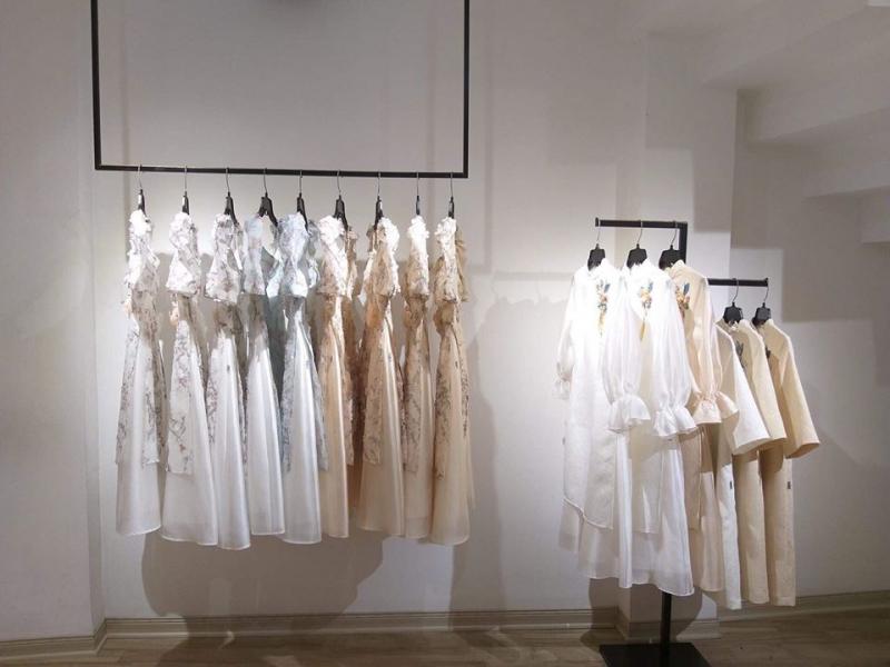 Top 15 Shop quần áo nữ đẹp và chất lượng nhất tại quận Đống Đa, Hà Nội