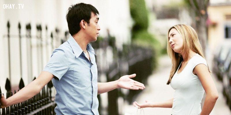Top 10 Biểu hiện chứng tỏ người con gái yêu bạn thật lòng