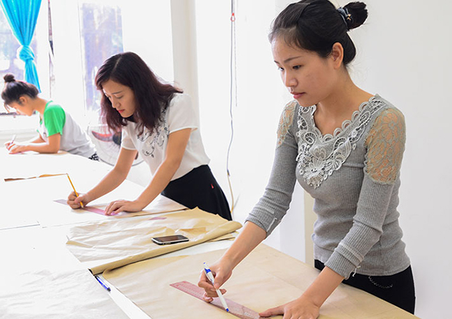 Top 9 Trung tâm dạy cắt may tốt và uy tín nhất ở Hà Nội
