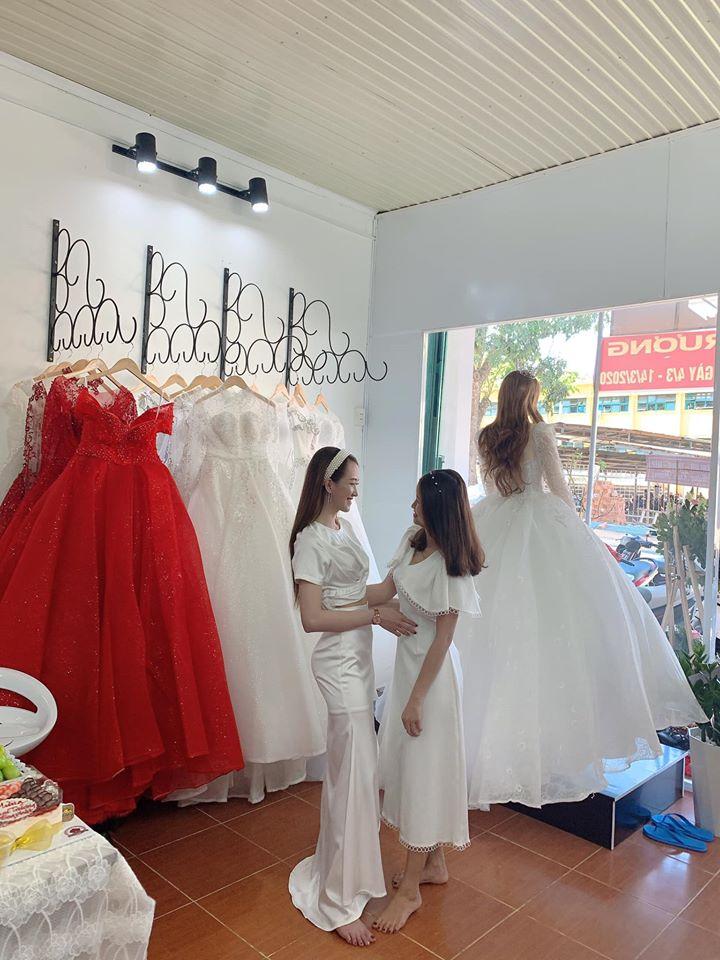 Top 8 Địa chỉ cho thuê váy cưới đẹp nhất Buôn Hồ, Đắk Lắk