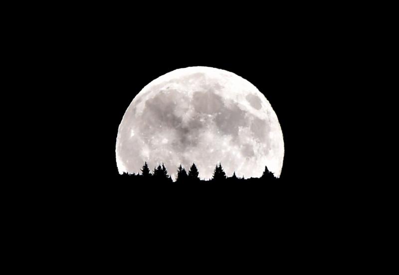 Top 10 Sự thật thú vị về Mặt Trăng có thể bạn chưa biết