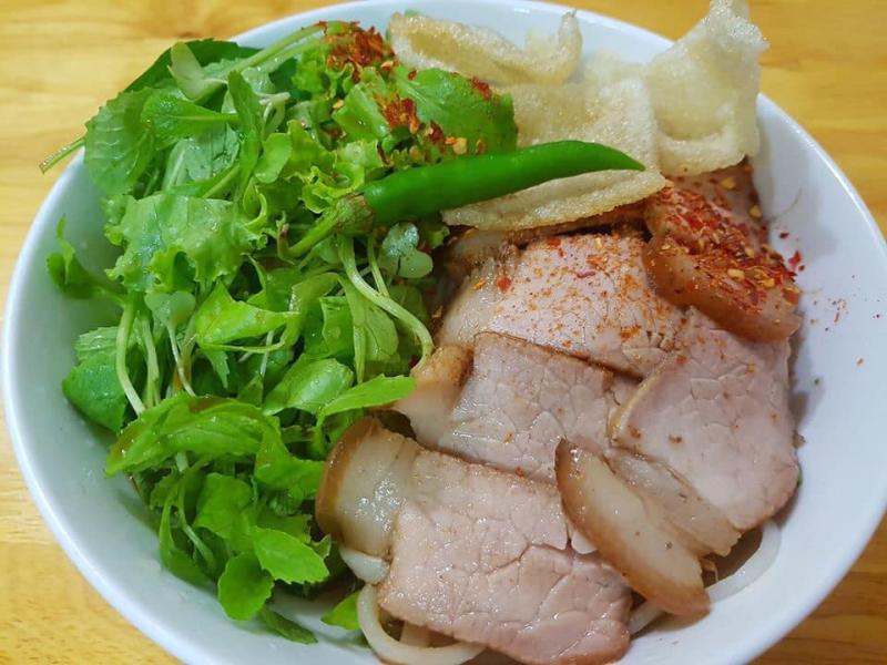Top 10 Quán mì Quảng nên thử ở Sài Gòn