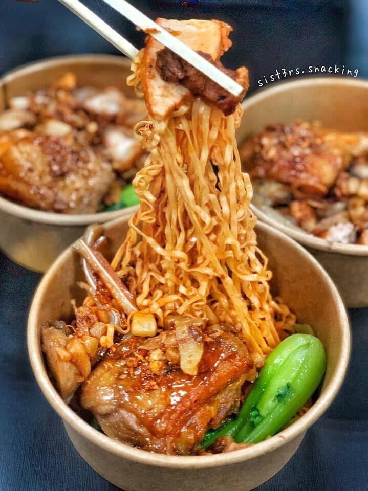 Top 10 Quán mì trộn, mì xào cho dân sành ăn tại Sài Gòn