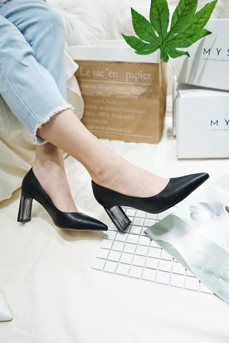 Top 8 Shop bán giày cao gót đẹp và được yêu thích nhất trên Instagram