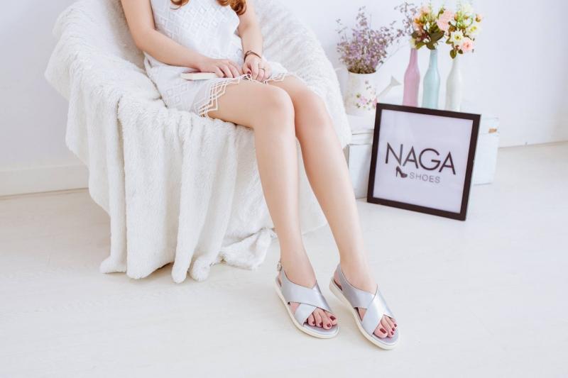 Top 12 địa chỉ mua sandal nữ đẹp – chất lượng – giá rẻ ở TP.HCM