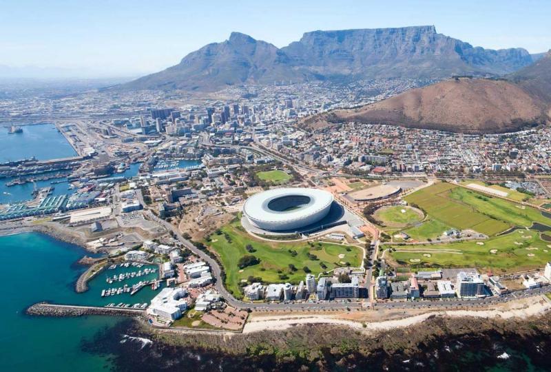 Nam Phi