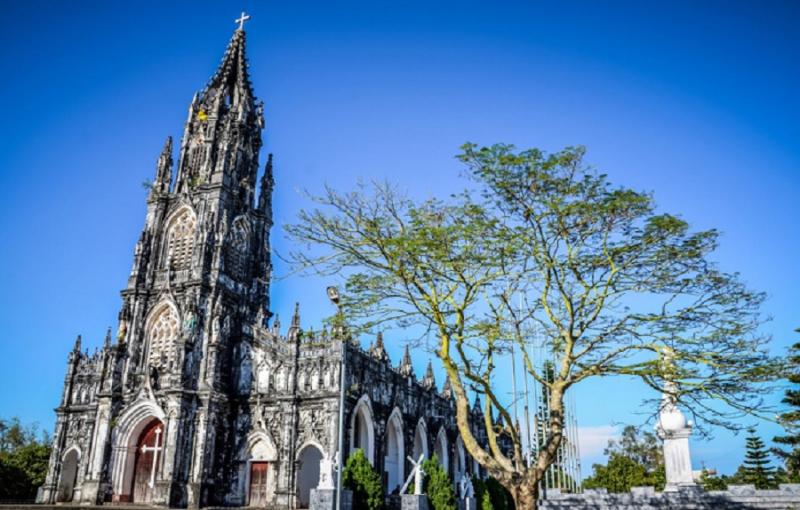 Top 8 Nhà thờ mang kiến trúc phương Tây đẹp nhất Việt Nam