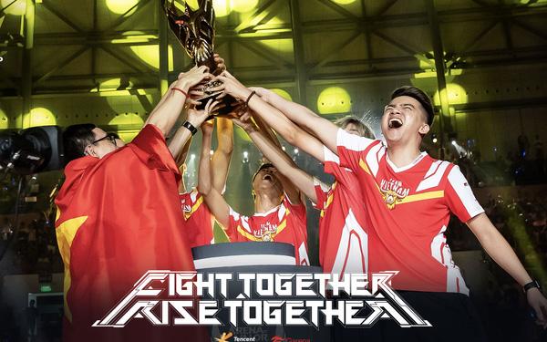 """Sau hai năm, ADC mới tiết lộ chiến thắng của Team Flash tại AWC 2019 có """"bàn tay"""" của kẻ thứ 3"""