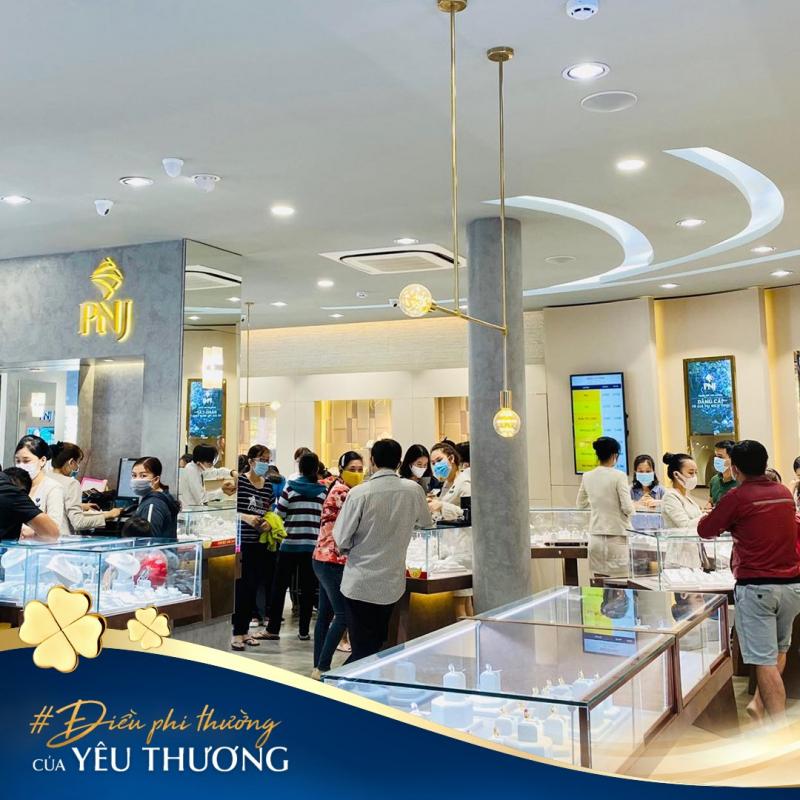 Top 10 Địa chỉ mua quà tặng 20/10 được yêu thích nhất tại Hà Nội