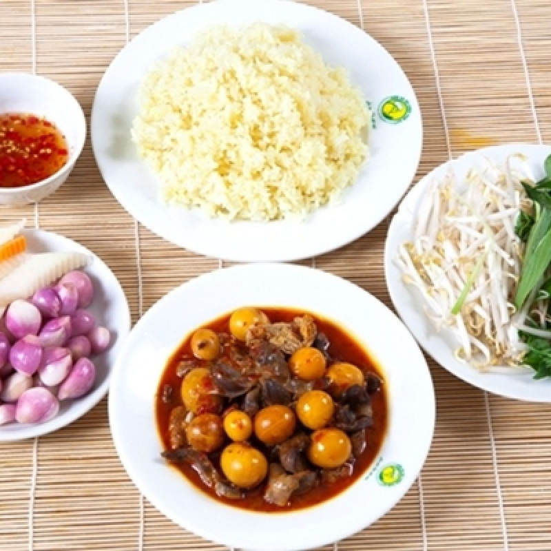 Top 5 Quán cơm trưa ngon nhất Đồng Xoài, Bình Phước