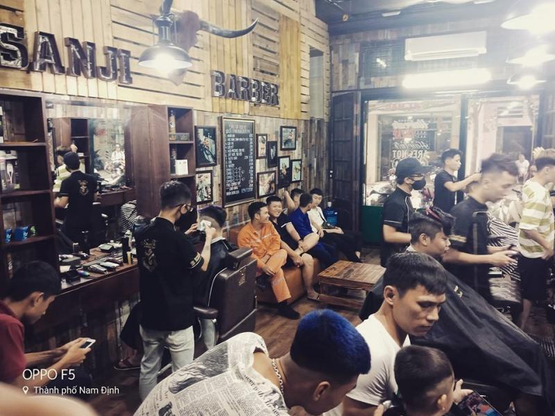 Top 10 Tiệm cắt tóc nam đẹp và chất lượng nhất Nam Định