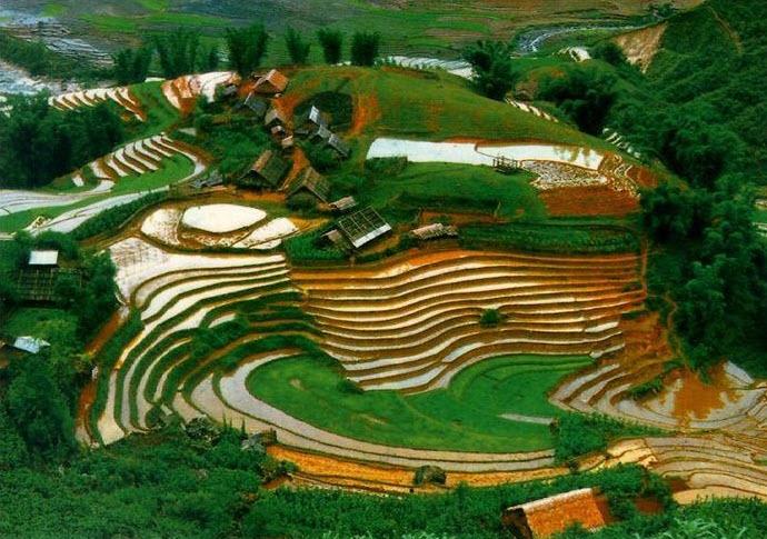 Top 12 địa điểm có phong cảnh đẹp nhất Việt Nam