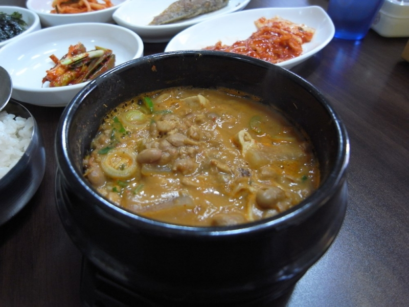 Top 8 Món ăn kinh dị nhất của người Hàn Quốc