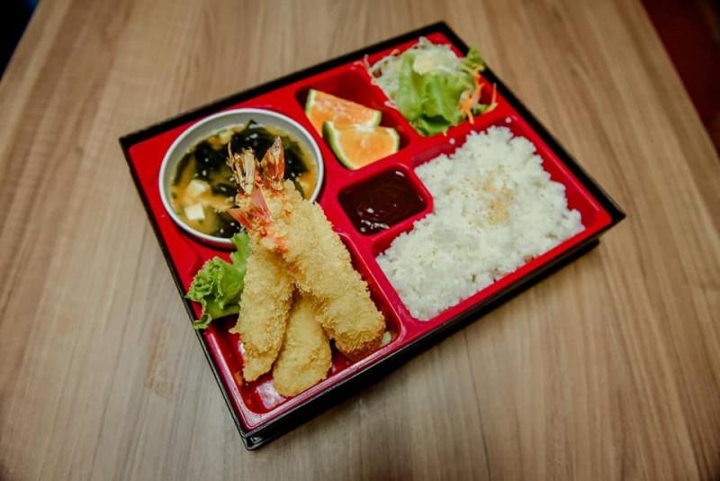 Top 7 Quán ăn ngon trên đường Lê Văn Lương, Hà Nội