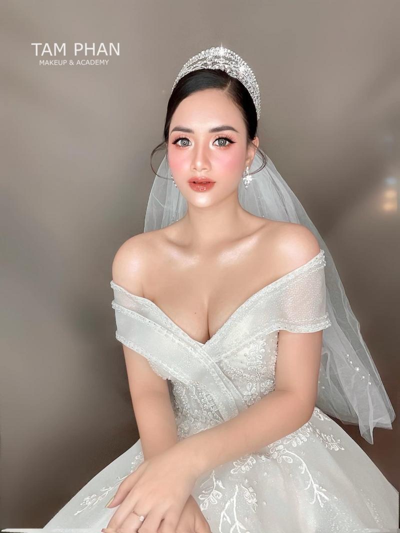 Top 5 Tiệm trang điểm cô dâu đẹp nhất TP. Việt Trì, Phú Thọ
