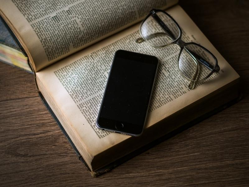 Top 10 Cách tăng tuổi thọ pin điện thoại hiệu quả nhất
