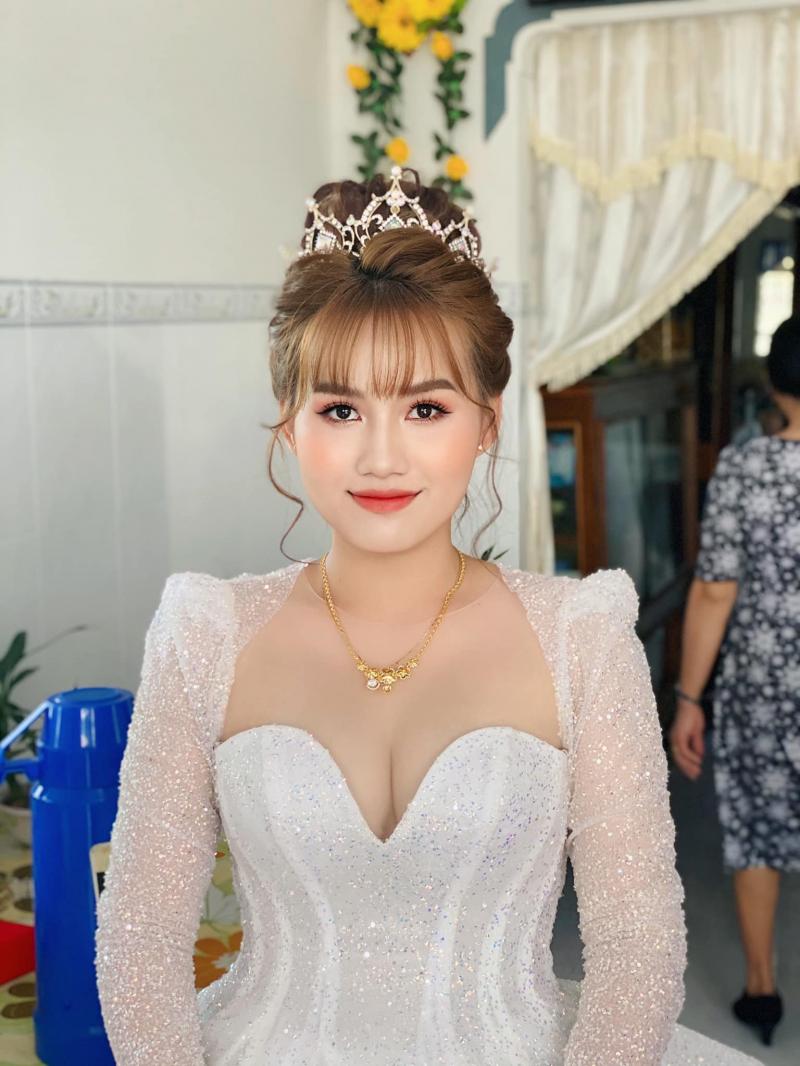 Top 4 Tiệm trang điểm cô dâu đẹp nhất Cái Nước, Cà Mau