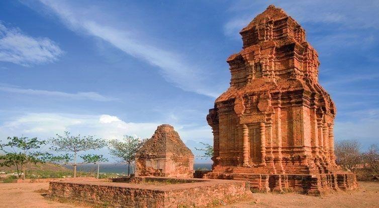 Top 15 địa điểm  du lịch nổi tiếng nhất ở Bình Thuận
