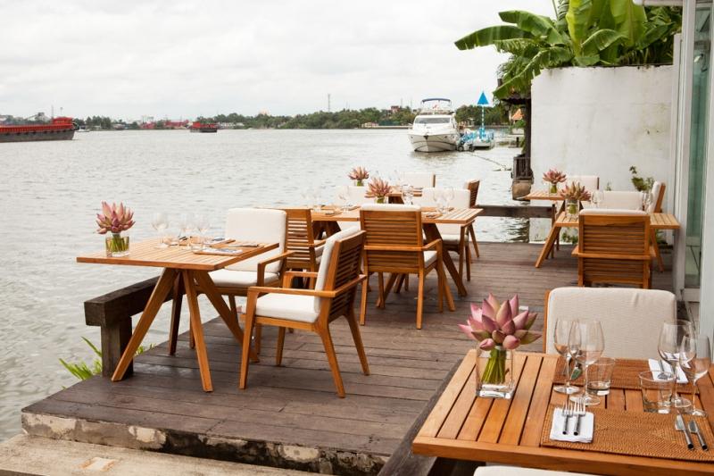 Top 10 Quán ăn bên bờ sông có không gian lãng mạn nhất tại Sài Gòn