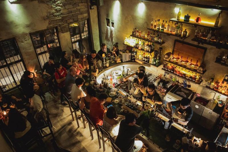 Top 9 Quán bar phong cách speakeasy nên thử tại Sài Gòn